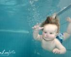 15/4-15 kl.11.00 babysimsfotografering