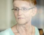 Ingrid som bara fick 100 kr i tjänstpension efter 40 års tjänst. Orsaken var ett avtal som tecknades mellan fack och arbetsgivare -85 och som var tänkt att skydda medarbetare som var deltidssjukskrivna, men som tvärtom slog fel och innebar nästan ingen tjänstepension alls. Ingrid tog strid med hjälp av facket (Vårdförbundet) men förlorade först.  Då tog hon strid igen och vann nu i april och pensionen är nu drygt 4500 kr. Ingrid berättar sin historia eftersom fler kan vara drabbade, utan att veta om det.